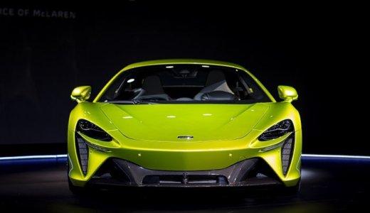 マクラーレンが新型ハイブリッド車「アルトゥーラ(Artura)」を日本初公開