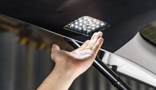 触れるだけで点灯!30アルヴェル用バックドアLEDタッチランプを動画でご紹介